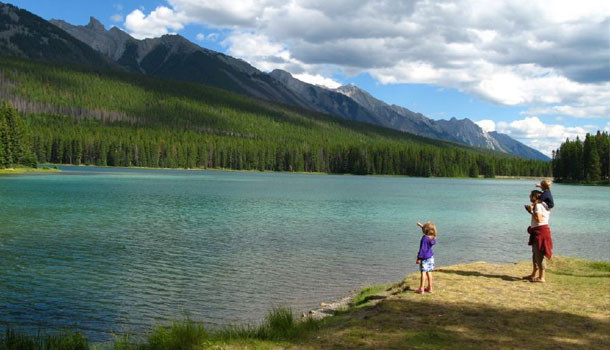 Two Jack Lakeside Campground   Banff National Park